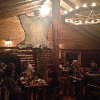 Photo taken at Lazy Bear Lodge by Seulki🙋♀️ on 11/13/2013