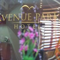 Снимок сделан в Avenue Park Hotel пользователем Avenue Project 12/24/2013