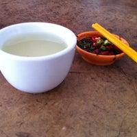 Photo taken at Restoran Sze Hwa Bak Kut Teh (古来世华肉骨茶) by Sapasapa C. on 6/16/2016