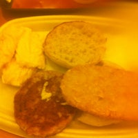 Photo taken at McDonald's / McCafé by LyJ L. on 5/23/2013