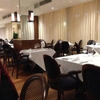 Foto tirada no(a) Miramar Hotel by Windsor por Silas D. em 5/13/2013
