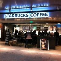 Foto tomada en Starbucks por Willem v. el 2/19/2013