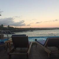Foto tomada en Hotel Solymar Galapagos por Jessica M. el 6/25/2014