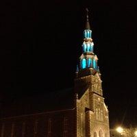 4/18/2014 tarihinde Peter K.ziyaretçi tarafından Eglise St-francois Xavier'de çekilen fotoğraf