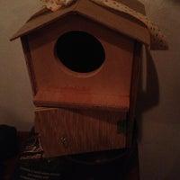 Photo prise au The Pigeonhole par Nat I. le12/21/2012