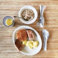 Photo taken at Omelet Shoppe by Tim M. on 11/28/2014