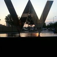 Das Foto wurde bei W Dallas - Victory von Fred W. am 4/10/2013 aufgenommen