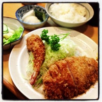 Photo taken at Tonkatsu Enraku by Ko K. on 5/21/2013