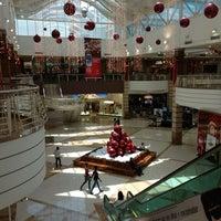 Foto tirada no(a) Shopping Pátio Dom Luis por Hedilberto F. em 12/27/2012