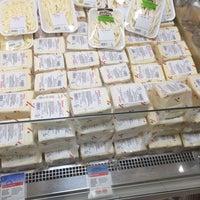 Photo taken at Özhan Market by Sft k. on 8/27/2014