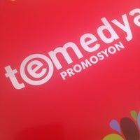 Photo taken at teMedya Reklam Ajansı by Ozdemir T. on 12/21/2013