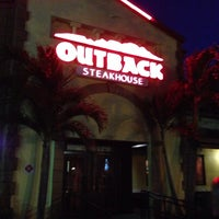 Photo taken at Outback Steakhouse by Jandui N. on 7/18/2014