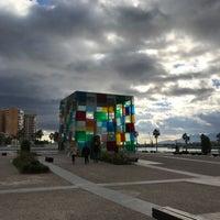 Снимок сделан в Centre Pompidou Málaga пользователем David 12/28/2017