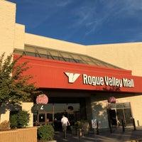 Foto diambil di Rogue Valley Mall oleh Adam G. pada 9/28/2017