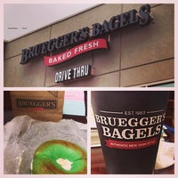 Photo taken at Bruegger's Bagels by Eva H. on 3/17/2014