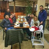 Photo taken at Zirve Pide Salonu by Merve Bhtn A. on 3/27/2017