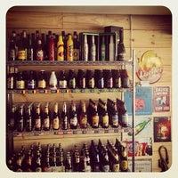Photo taken at Casa das Cervejas by Geraldo S. on 3/27/2014