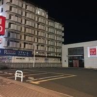 Photo taken at ユニクロ 東淀川店 by じょーじあ on 1/12/2018
