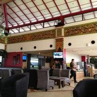 Photo taken at Singosari Lounge by Lucia L. on 1/18/2013