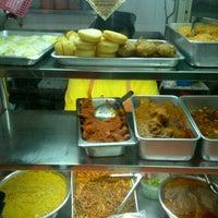 Photo taken at Gunung Ledang Malay Food by Trans F. on 2/19/2013