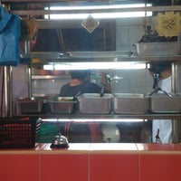 Photo taken at Gunung Ledang Malay Food by Trans F. on 6/16/2013