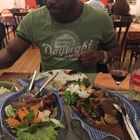 Photo prise au Restaurant Chanthaburi Sairung par Bálint R. le4/3/2015