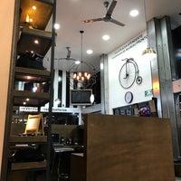 Foto tomada en The Barber's Spa México (Reforma) por Alexis G. el 11/4/2016
