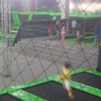 Photo taken at Jump Mania by Reges V. on 9/21/2014