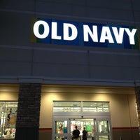 Photo taken at Old Navy by Beba La Jefa on 2/7/2013
