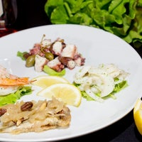 Foto scattata a Da Bastian Gastronomia Ristobar da Riccardo V. il 1/24/2014