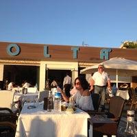 9/30/2012 tarihinde Sinan B.ziyaretçi tarafından Olta Balık Restaurant'de çekilen fotoğraf