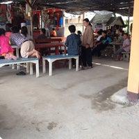 Photo taken at บ้านศรีหมวดเกล้า by พริ้ง' เ. on 6/28/2014