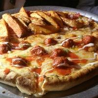 Foto tomada en Pizza del Perro Negro por Gustavo A. el 6/1/2013