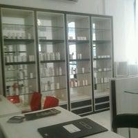 Photo taken at Yvix distribuidora da veer by sharon l. on 2/10/2014