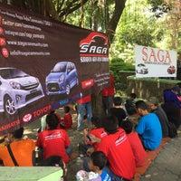 Photo taken at Taman Flora by FIRMAN H. on 5/10/2015