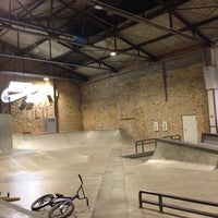 Foto tomada en Skatehalle Berlin por Héctor B. el 9/27/2014