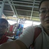 Photo taken at Restoran Kampung by Usin C. on 12/22/2013
