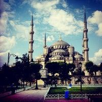 Photo prise au Sultan Ahmet Camii par Gerard M. le7/17/2013