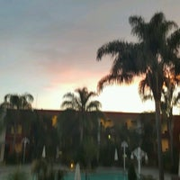 Photo taken at La Estancia Hotel by 💞Laury E. on 12/6/2016