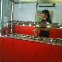 Photo taken at Rumah Makan AKA Express by MaZa K. on 9/14/2014