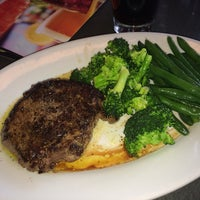 Photo taken at Ruby Tuesday by Norbert B. on 2/19/2014