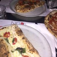 Foto tomada en NAP: Neapolitan Authentic Pizza por Saud A. el 10/2/2016