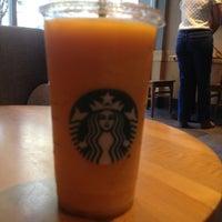 Foto tomada en Starbucks por Rodolfo S. el 5/1/2013