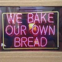 Foto tirada no(a) Beth Bakery por Luana O. em 8/29/2015