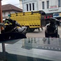 Photo taken at Kota Simpang Tiga - Redelong by Juniko S. on 12/28/2013