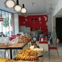 Photo taken at Doğal Lezzet Pastaneleri Büyükcekmece by Furkan K. on 10/9/2015