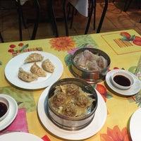 Foto tomada en Sushi Bao por Margarita M. el 5/1/2015