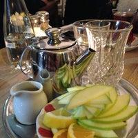 Foto tirada no(a) The House Café por Duygu S. em 3/13/2013