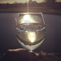 Photo taken at StarView Vineyards by Leslie S. on 10/17/2015
