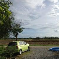 Photo taken at ศูนย์วิจัยข้าวชัยนาท by Loveondiet C. on 6/8/2013